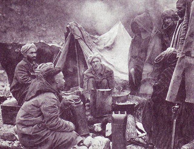 640px-Moroccan_soldiers_at_Monte_Cassino